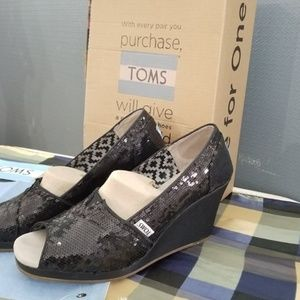 TOMS Black Sequin Wedges!!!